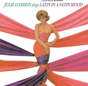 Sings Latin in a Satin Mood [Import]