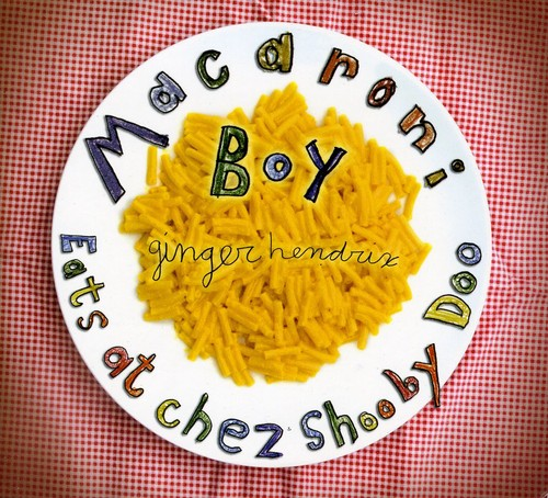 MacAroni Boy Eats at Chez Shooby Doo