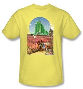 """The Wizard Of Oz """"Follow the Yellow Brick Road"""" on Gold (Adult Regular Fit Short Sleeve T-Shirt - SM)"""