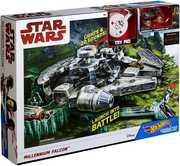 Mattel - Hot Wheels - Star Wars Ep 8 Character Millennium Falcon Playset (SWE8)