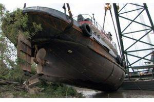 Deep Sea Salvage: Brink of Disaster