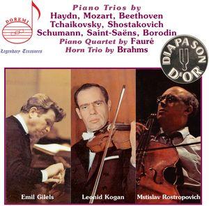 Plays Piano Trios