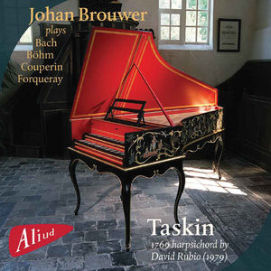 Plays the Taskin Harpsichord 1769