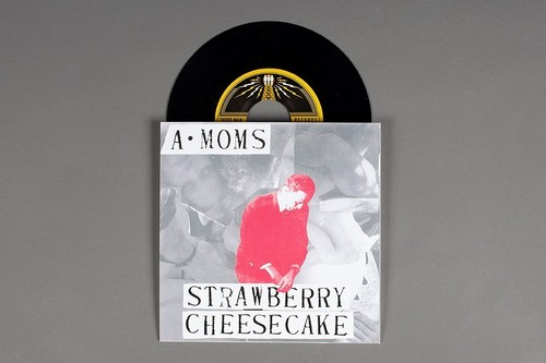 Algebra Mothers/A-Moms - Strawberry Cheesecake / Modern Noise [Vinyl Single]