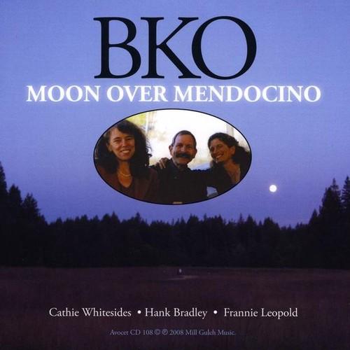 Moon Over Mendocino
