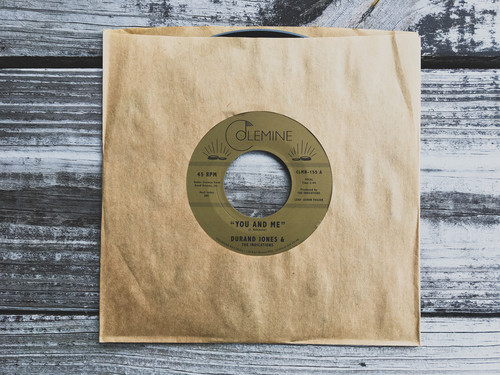 Durand Jones & The Indications - You & Me / Put A Smile On Your Face [Vinyl Single]