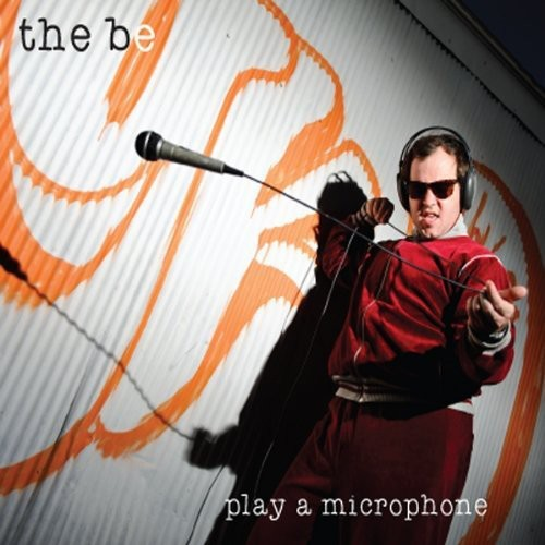 Play a Microphone