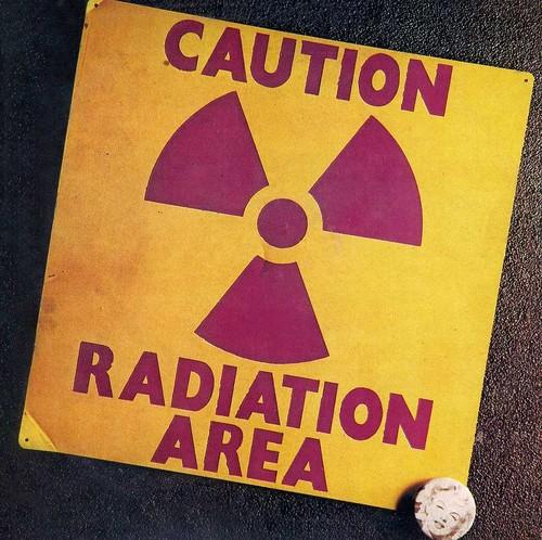 Caution Radiation [Import]