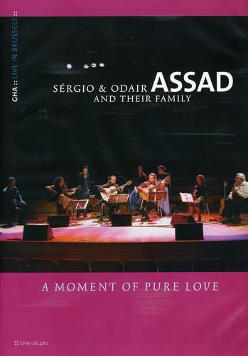 Familia Assad: A Moment of Pure Love