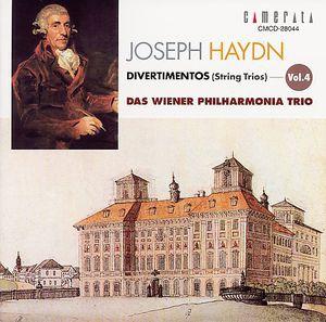 Divertimentos 4: String Trios