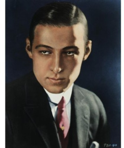 Biography - Rudolph Valentino: The Great Lover