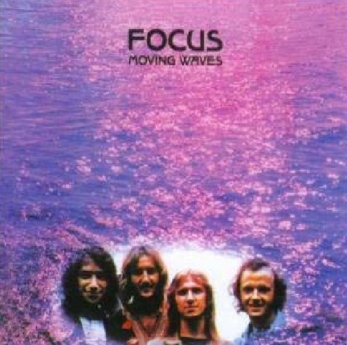 Focus - Moving Waves [Import]