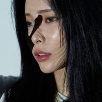 Heize - Vol 1: She's Fine [With Booklet] (Pcrd) (Phot) (Asia)
