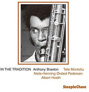 In The Tradition [Import]