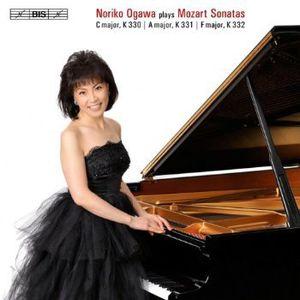 Piano Sonatas Nos 10 & 11 & 12