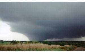 Mega Disasters: Tornado Alley Twist