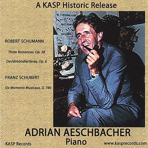 Plays Schumann & Schubert