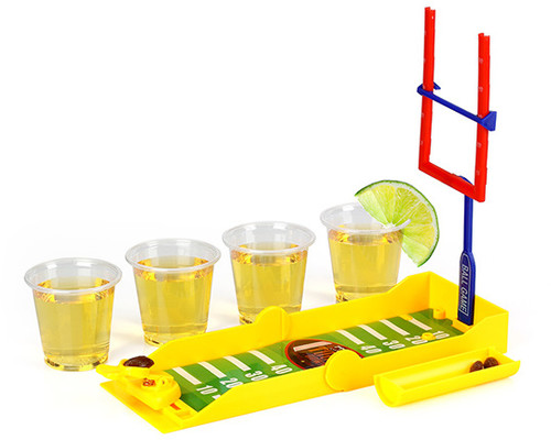 BARBUZZO TRAVEL DRINKING GAME - TACKLE SHOTS FOOTB